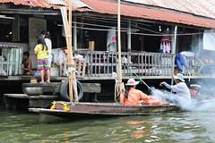 Bangkok: Khlong life. Floating Satay! (Ali Bentley) Tags: bangkok thailand southeastasia klong khlong longtailboat restaurant satay