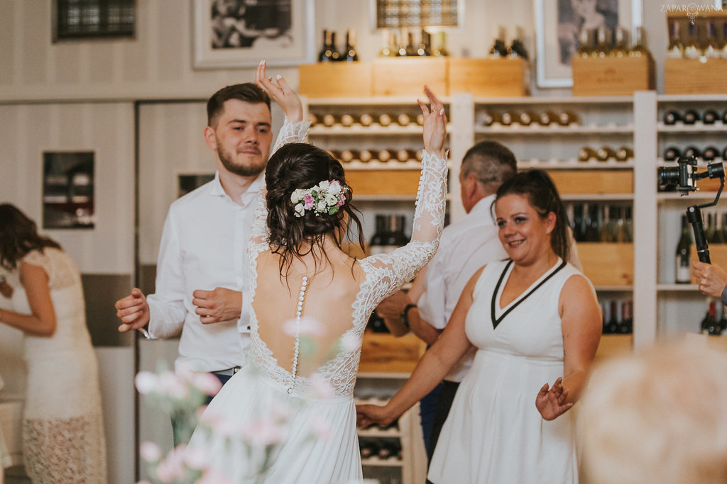 550 - ZAPAROWANA - Kameralny ślub z weselem w Bistro Warszawa
