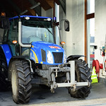New Holland T5040 thumbnail