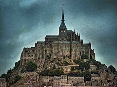 Mont Saint-Michel (Eric@focus) Tags: posterized posterrand viveza pse2018 nikfilters colorefexpro artisticfilter enhanced manipulated photoshop dxo montsaintmichel erichuybrechts france normandy abbey landmark medieval unesco heritage photomanipulation digitalart artdigital