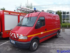 SDIS 60 (rescue3000) Tags: renault master service départemental incendie secours oise sdis 60 sdis60 departmental fire rescue centre principal csp main center véhicule tout usage any use vehicle jocquin sapeurspompiers sapeurs pompiers pompier firefighters voiture camion journée découverte savoir faire creil day discovery work brigades