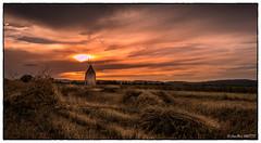 Moulin repéré lors de mes vacances au port Barcares (jean-marcvalette) Tags: micro43 lumixgx8 panasonicgx8 gx8 landscape photography widescreen panorama romantique sky coucherdesoleil sunset moulin paille blé orange occitanie