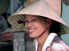 IMG_0934 (petercan2008) Tags: sonrisa mujer vietnamita sombrero hut women smile vietnam asia