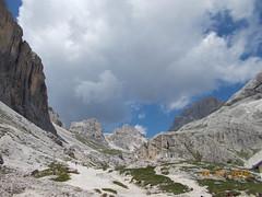 DSCN0091 (Puntin1969) Tags: scorcio vista rifugio nikon coo estate vacanze montagna dolomiti valdifassa fassa sole