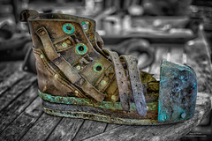Diving Shoe (Peet de Rouw) Tags: shoe diver divingshoe old classic retro copper weight duikschoen memory peetderouw