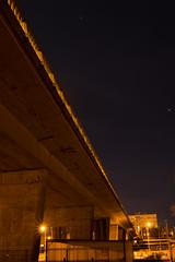 2017 Mars - Pont Oradour (Lorient).004 (hubert_lan562) Tags: lorient nuit ligne lumiere light morbihan bretagne breizh 56 pont ville city oradour ciel night architecture