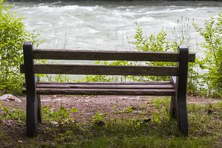 Park bench, Sunwolf, Cheekye