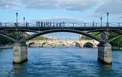 Paris' bridges