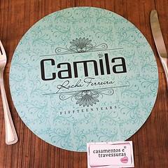 Sousplat para o aniversário da Camila! 🎈🎈 📍personalizamos para sua festa 📍de SP para todo o Brasil 🎁casamentosetravessuras.com #casamentosetravessuras #meus15anos #festade15anos #sousplatpersonalizado #tiff (casamentosetravessuras) Tags: instagram facebookpost lembrancinhas personalizadas