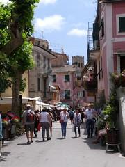 Via Roma (glynspencer) Tags: monterossoalmare liguria italy it