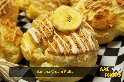 "Banana Cream Puffs • <a style=""font-size:0.8em;"" href=""http://www.flickr.com/photos/159796538@N03/28626103287/"" target=""_blank"">View on Flickr</a>"