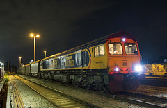 66760 Acton 6O23 20/07/2018 (Waddo's World of Railways) Tags: 66 667 760 66760 shed train rail railway diesel loco locomotive 6o23 margamtothamesport class66 gbrailfreight gbrf acton london actonyard nightphotography steeltrain steelcoil