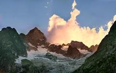 Un week end a ... (Augusta Onida) Tags: valferret montebianco italia italy valledaosta montagna mountain leicam nuvola cloud panorama landscape cielo sky