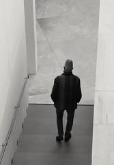 Walker (carlos_ar2000) Tags: hombre man paseo walk topi hat galeria gallery calle street solitario solitaire buenosaires argentina