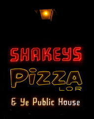 Shakey's (Thomas Hawk) Tags: america california losangeles shakeys shakeyspizza shakeyspizzaparlor usa unitedstates unitedstatesofamerica neon pizza restaurant fav10 fav25 fav50
