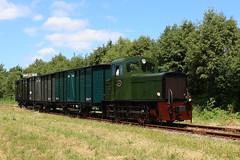 SHM 101 met een klein goederentreintje te Hoorn / SHM 101 with a small freight train in Hoorn (daniel_de_vries01) Tags: shm 101 met een klein goederentreintje te hoorn