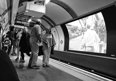 Posh Poncho, Piccadilly Line, Covent Garden, London (_p_e_r_s_e_p_h_o_n_e_) Tags: underground london londonunderground coventgarden tube persephonewalters