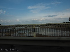 189/365 (ralux2004) Tags: 365daysfom2018 summer july speed car driving lake street bridge sky road