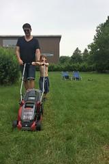 file-2 (003) (domit) Tags: rental wemmel garden isaac jay grass cut lawn mower