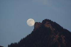 Hochlerch Mond (Aah-Yeah) Tags: hochlerch mond moon marquartstein achental chiemgau bayern vollmond fullmoon