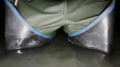 Satisfaction (essex_mud_explorer) Tags: uniroyal century rubber thigh boots waders hip thighboots thighwaders rubberboots rubberlaarzen gummistiefel cuissardes watstiefel water wading paddling