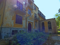 P1230814 (businessofferrets) Tags: urbanexploration urbex soviet lenin hausderoffiziere