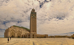 Hassan II Mosque TPano(10) (jarhtmd) Tags: africa morocco casablanca architecture arch bldg building canon eos70d tower sky