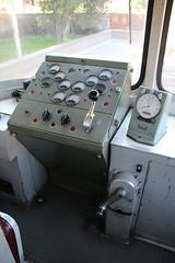 FCE: Führerstand des ADe 17 (Helgoland01) Tags: fce randazzo circumetnea italien sizilien sicilia eisenbahn railway schmalspurbahn narrowgaugerailway fiat triebwagen