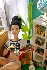 too hot (kinmegami) Tags: barbieaccessories madetomovebarbie barbie madetomove roombox diorama rement ikeahuset haveabiteicecreamsweetsnacks slovenlyroom livingroomofkawamotofamily cuteourhome momoyathejapanesenostalgicmeals snoopyswestcoasthouse lifewiththesmallbird