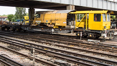 YEA 979614 (JOHN BRACE) Tags: yea 979614 perch bogie continuously welded rail stabling wagon seen eastleigh