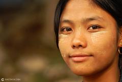 11-10-04 02 Myanmar (532) O03 (Nikobo3) Tags: asia myanmar burma birmania mandalay culturas people gentes portraits retratos travel viajes nikon d200 nikond200 nikon7020028vrii nikobo joségarcíacobo