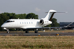 ap-rdr cl35 egkb (Terry Wade Aviation Photography) Tags: cl35 egkb