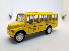YIBAO TOYS INTERNATIONAL CHINESE SCHOOL BUS 1/64 (ambassador84 OVER 10 MILLION VIEWS. :-)) Tags: schoolbus yibaotoys diecast