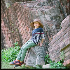 000913080009 (Steven Tsai (正港蔡爸)) Tags: hasselblad501c hasselblad planar128f80mm kodakektar100 mediumformat analog film filmphotography