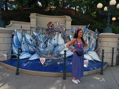 Disneyland Paris June 2018 (Elysia in Wonderland) Tags: disneyland paris 2018 june birthday trip holiday vacation disney theme park meryn elysia lucy pete france 25th anniversary blue