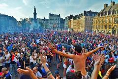 Lille fête la victoire des Bleus en coupe du monde (lecocqfranck) Tags: lille fête victoire coupe du monde football bleus