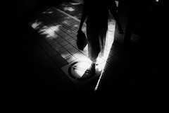 20180716 Sunlight (soyokazeojisan) Tags: japan osaka light sunlight street city people bw blackandwhite walk monochrome digital lumix tx1 2018 shadow