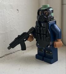 Keep a Tommy on me like a Rugrat (ten.dinosaurs) Tags: brickarms mod modcom eclipsegrafx lego military modernwarfare freedavid