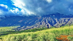 Maui Southern Countryside (gerard eder) Tags: world travel reise viajes america natur nature naturaleza nubes northamerica wolken clouds landscape landschaft paisajes panorama hawaii maui vulkan volcano volcán countryside meadow outdoor