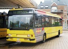 5663 722 (brossel 8260) Tags: belgique bus tec liege
