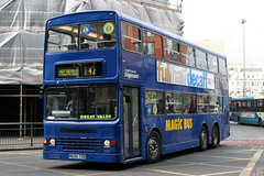15185 M685 TDB (KAG 471T) (Cumberland Patriot) Tags: stagecoach north west england greater manchester south buses kenya dennis dragon duple metsec 213 kag471t 15185 m685tdb tri axle step entrance magic bus derv diesel engine road vehicle public transport