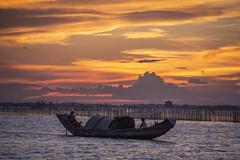 Đầm Phá Tam Giang (trieu_van_194) Tags: landscape landscapes landscapephotographer vietnam vietnamlandscape vietnamtravel vietnamtravelphoto river sundown