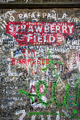 It's getting hard to be someone but it all works out (nickcoates74) Tags: 30mm 30mmf28dn a6300 artlens beaconsfieldroad gate ilce6300 liverpool merseyside sigma sony strawberryfield strawberryfields strawberryfieldsforever uk beatles