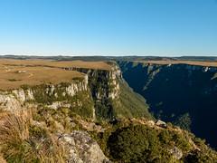 Fortaleza Canyon - Brazil (Doug Scortegagna) Tags: canyon canion brazil brasil landscape landscapes nature natureza wild outdoors amazing southamerica southbrazil riograndedosul cambarádosul nikon d34 d3400 tree sunny