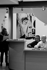 Expo Ralph Gibson (Gérard Barré) Tags: decisive moment street portrait scene girl boy photographie soul faces creatives camera eye lens montpellier france city candid people gens rue musée museum plage beach concert group groupe dog chien animal love glasses legs selfie art streetshooter shot