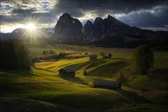 [ ... seiser alm ] (D-P Photography) Tags: landscape lands ital it dolomi dolomites alpi di suisi seiser alm alps feisol canon dennispolkläser dpphotography leefilters sunrise sun sunstar