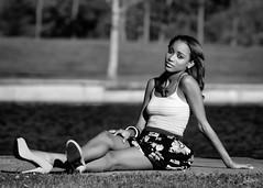 Alysha (01_0065BW) (ronnie.savoie) Tags: africanamerican black noir negra woman mujer chica muchacha girl pretty guapa lovely hermosa browneyes ojosnegros brownskin pielcanela portrait retrato model modelo modèle smile sonrisa lafrenierepark metairie louisiana diaspora africandiaspora