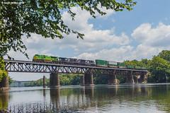 Fully Green (nrvtrains) Tags: fairlawn 201 illinoisterminal intermodal pulaskidistrict heritageunit norfolksouthern newriver bridge virginia unitedstates us