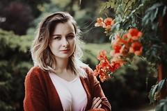 Eliška <3 (Under My Bones.) Tags: portrait girl nikon nikkor bokeh light colorful 50mm