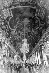 Mirrors & Crystals (Janne Räkköläinen) Tags: paris france versailles castle chateaudeversailles mirrors mirrorroom crystals art artistic people tourists roof roofpaintings painting old middleage ludwig court famousplace blackwhite bw urban bnw amateur amateurphotography amateurphotographing canon6d canonphotography canon ef24105l visiting placetovisit 2018 may museum mustavalkoinen taiteellinen